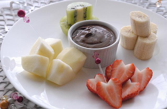 アボカドとダークチョコレートのフォンデュ