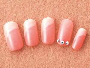 ピンクが織りなすシンプルオーロラネイル