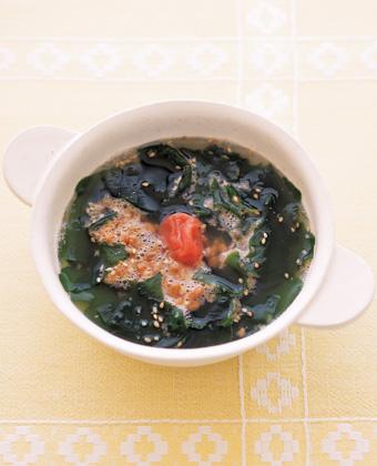 納豆とワカメのスープ