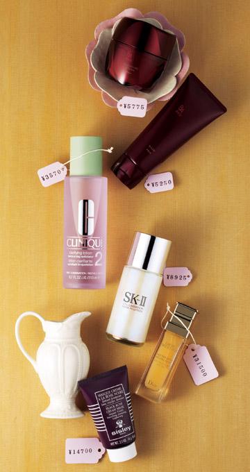 クリニーク…ロングセラーの名品!古い角質もオフできる拭き取り化粧水