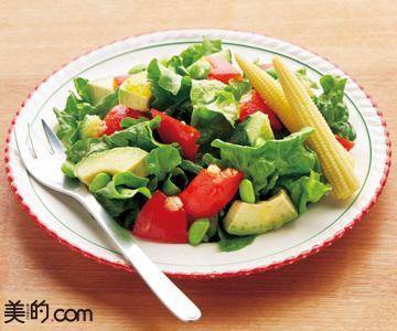 赤パプリカのサラダ 自家製玉ねぎドレッシング