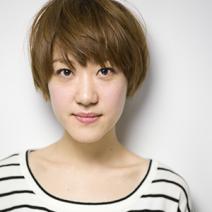 美容賢者が選ぶコスメ総合ランキング2位!アンプリチュード|ロングラスティング リキッドファンデーション