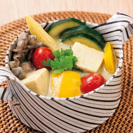 高野豆腐のココナッツグリーンカレー