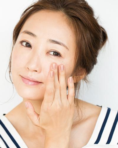 美容家・神埼さんの潤いスキンケア方法