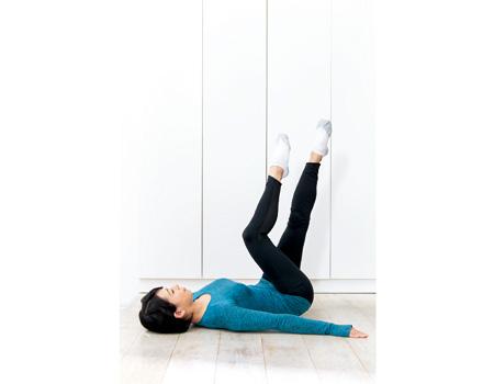 V字筋を鍛える美脚のカギケア方法