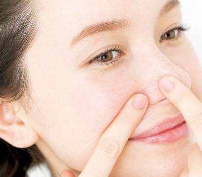 ローションパック方法で鼻の毛穴の黒ずみや開きケア