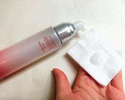 拭き取りタイプなのに、もっちり肌になる美容液