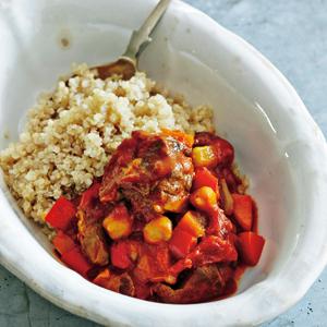 ラムのトマト煮とキヌア