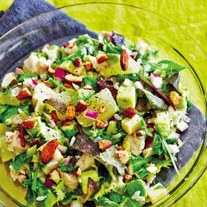 アボカドとグレープフルーツ、チキンの雑穀サラダ
