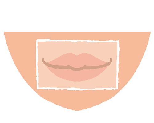 唇の皮むけは常にリップクリームで保護して
