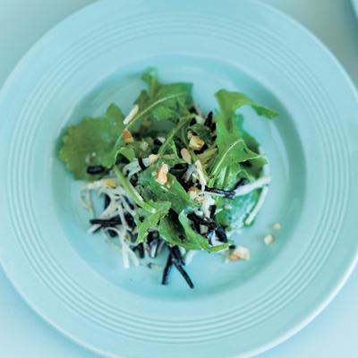 美肌&アンチエイジングに「ブルーチーズ風味サラダ」