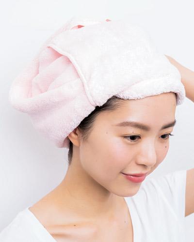 朝シャンのタオル使いが1日の美髪を作る