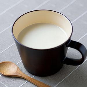 豆乳×甘酒であったかむくみケアドリンク