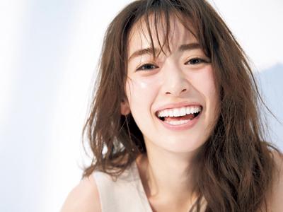 人気モデル・泉里香さんはクラランス ボディ オイルを愛用