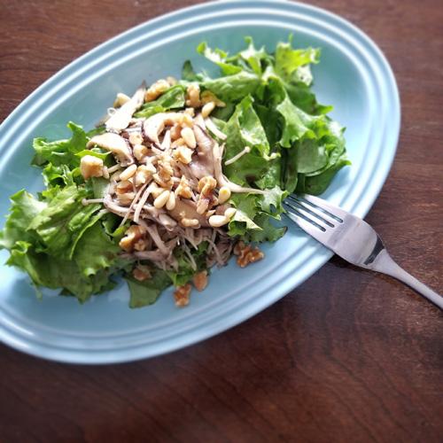 キノコマリネのせ デトックスグリーンサラダ