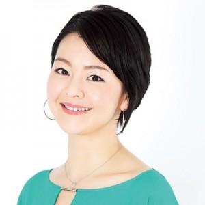 40代美女・美容家・上田祥子さんの愛用化粧水&オイル