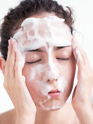 Tゾーンはしっかり、頬は軽めに洗おう!