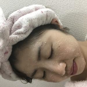 クレンジングで変わる顔の毛穴のブツブツ対策