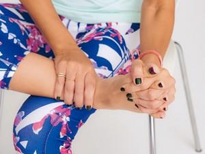 手足など末端冷え性に効果あり!足首ストレッチでポカポカに