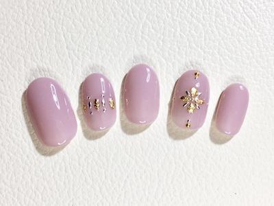 パープルネイル45選|紫に似合う色のピンク、ゴールド、黒などの