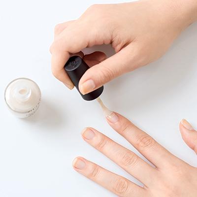 爪の凸凹や指の乾燥は放っておかず常に潤して