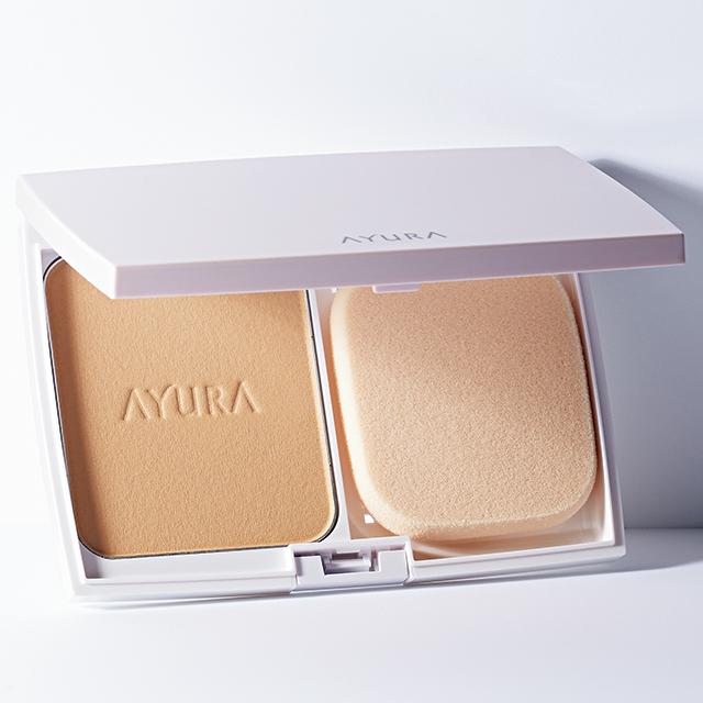 アユーラ|トーンアップパクト 9g ¥4,800(スポンジつき・ケース込み)