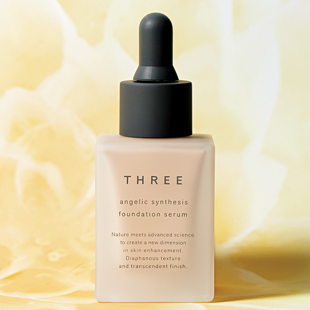 THREE|アンジェリックシンセシスファンデーションセラム