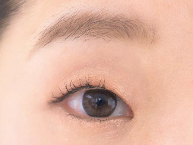 隙間の多いまばら眉を自然にボリュームUP
