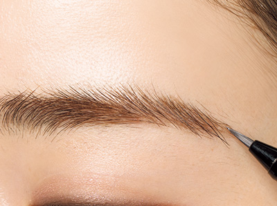 毛並みが美しい太平行眉の作り方