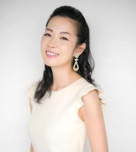 深澤 亜希 | 美容家/ビューティスキンスペシャリスト