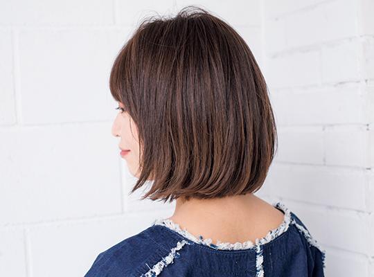 レイヤー前髪×直毛束感ストレートボブ