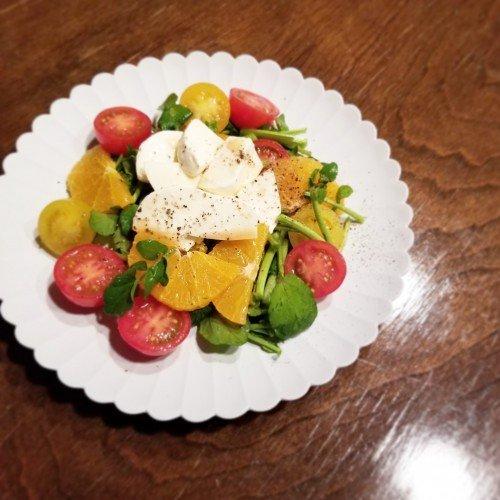 クレソン×いちごのサラダで鉄分もビタミンも摂取