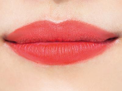 ビビッとカラーの鮮烈ブラッドオレンジ「OR01」