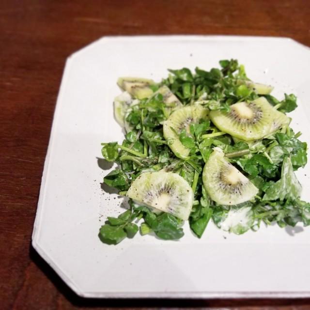 果物の中でもトップクラスの栄養素を含む「キウイ」