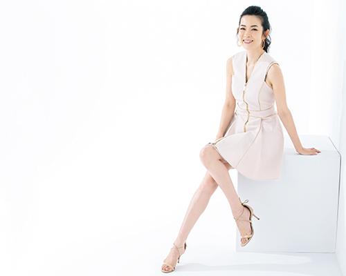 美脚の持ち主・深澤亜希さんのレッグマッサージ法