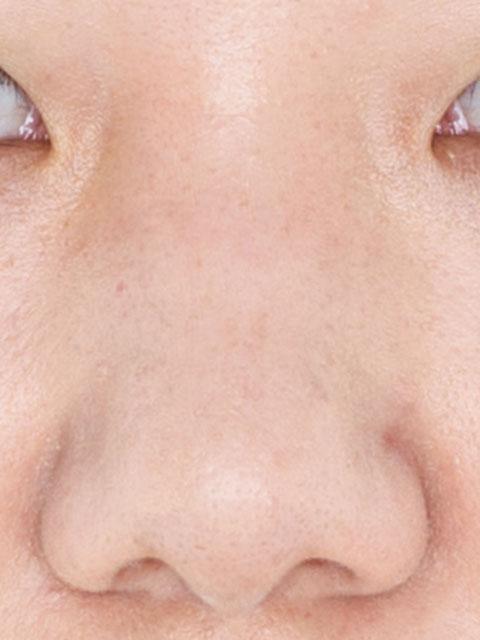 鼻筋を通すコンプレックス解消メイク