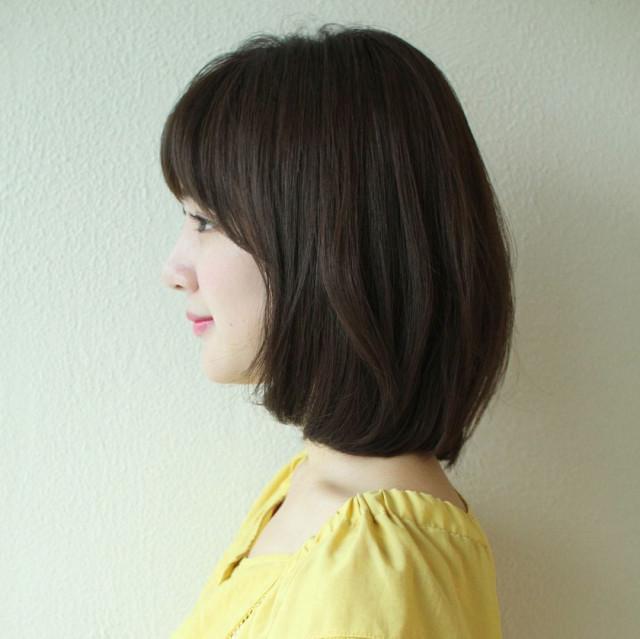 """内巻きストレートのモテ髪は""""バルーンミディアム"""""""