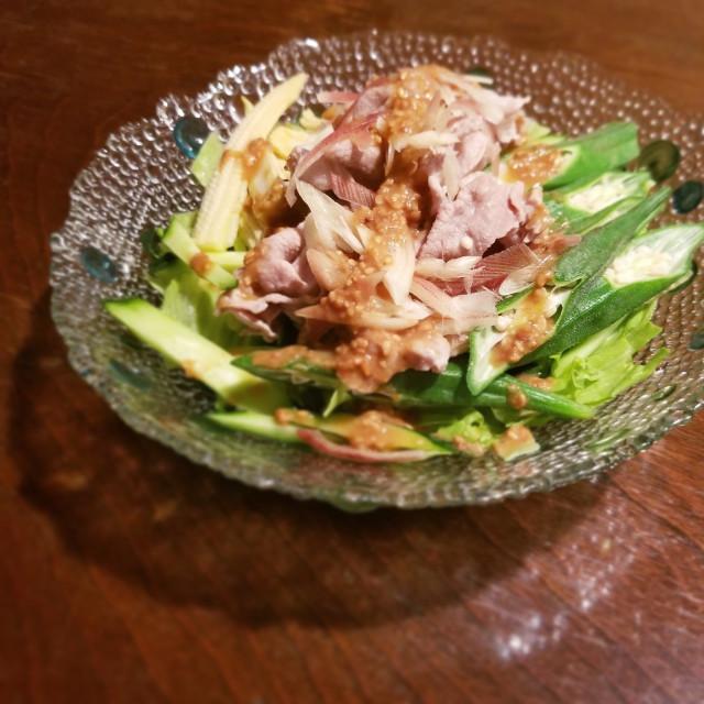野菜×豚肉のしゃぶしゃぶサラダ