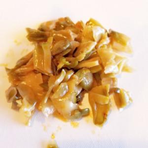 水菜×搾菜×チキンのがっつりサラダ