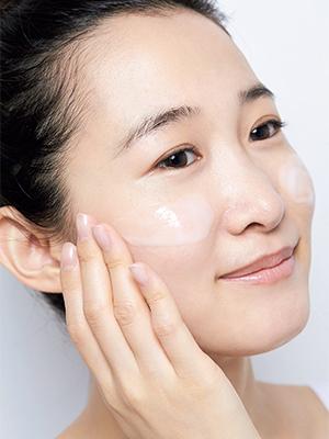 加齢によるエイジング乾燥肌のケア方法