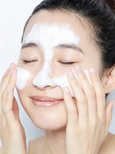 洗顔はTゾーンからが重要ポイント
