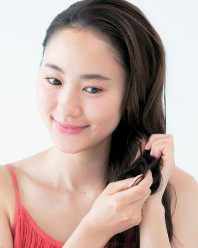 パサパサ髪を解消するスペシャルケア