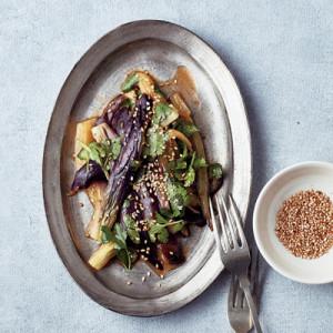 ダイエット中にぴったり!「蒸しナスとパクチーのゆずこしょうナムル」