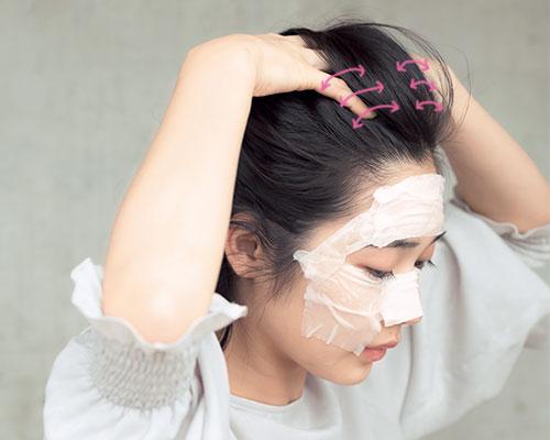 敏感肌さんに!化粧水をコットンにたっぷりなじませたローションマスクで水分チャージ
