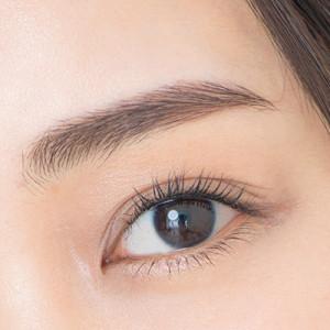 目の下のシワやたるみは老化サイン…メカニズムを美容のプロが徹底解説