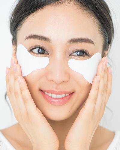 乾燥する目元ケアにおすすめ美容法