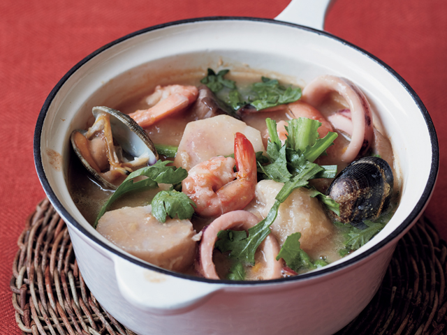 腸内環境を整える里芋と魚介のコーンクリーム煮