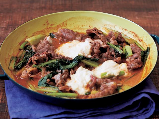 牛肉と湯葉のコチュジャン煮