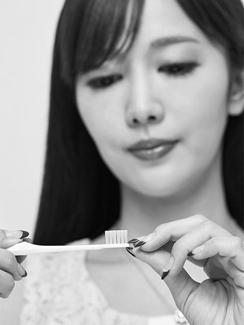美人歯科医が実践する歯&舌磨き方法