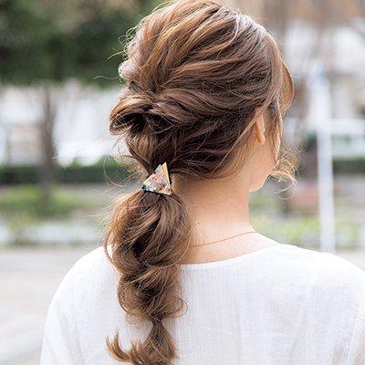 ロングヘアの可愛いアレンジ方法 アップスタイル&まとめ髪の